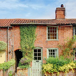 Secret-Garden-Cottage-Halesworth